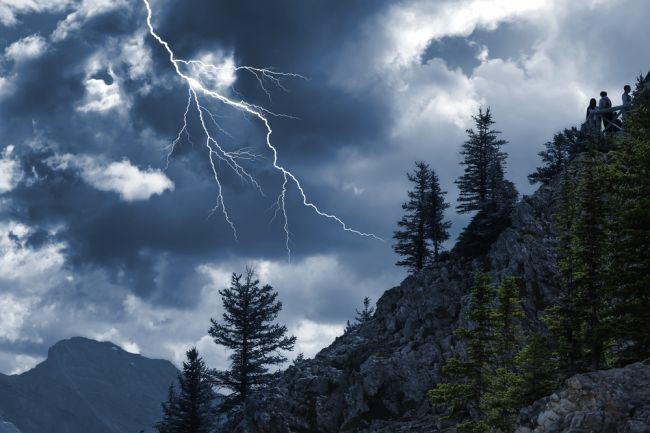 Ako sa (ne) správať počas búrky?